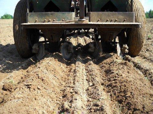 Обработка земли под картошку