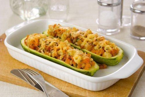 Кабачок, запеченный с овощами