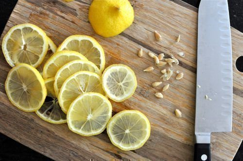 Косточки лимона