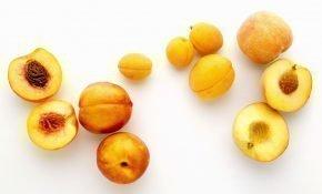 Отличия между абрикосом и персиком