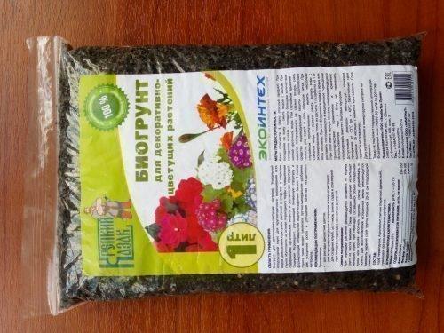 Почва для цветущих растений