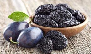 В чем разница между сливой и черносливом